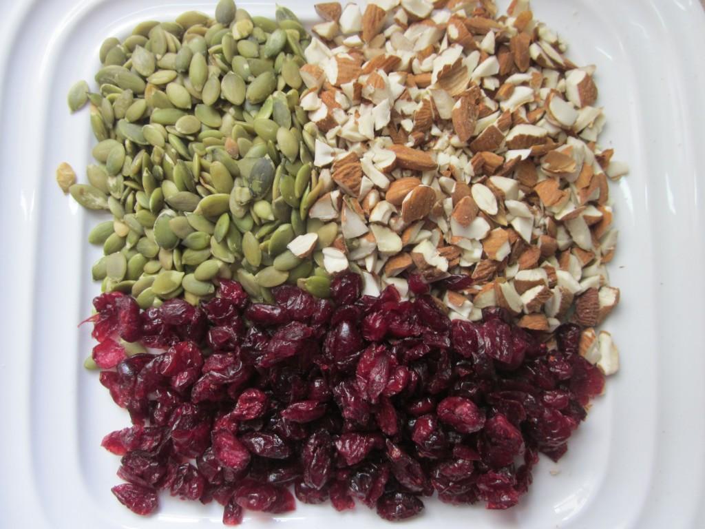 Cranberry Almond Quinoa Salad  ingredients