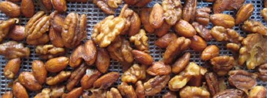 7 Days Eating Raw Foods Plan - dehydrated nuts