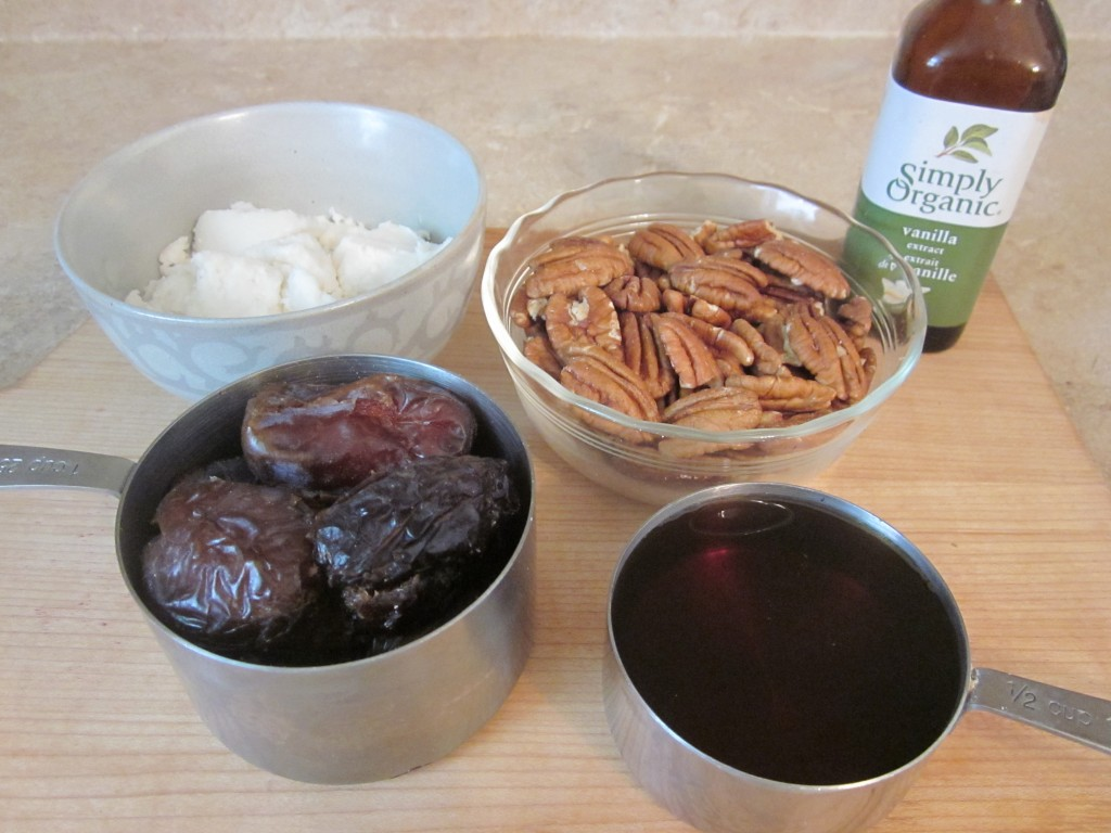Raw Pecan Pie Recipe - filling ingredients