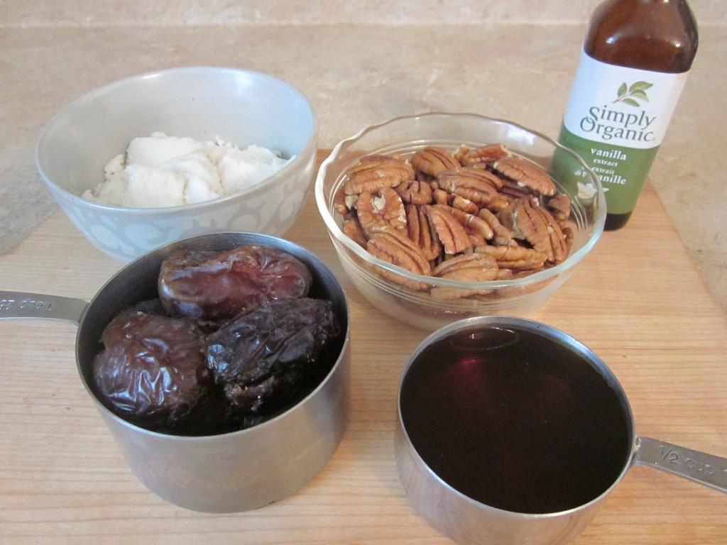 Raw Pecan Pie Recipe - filling ingredients