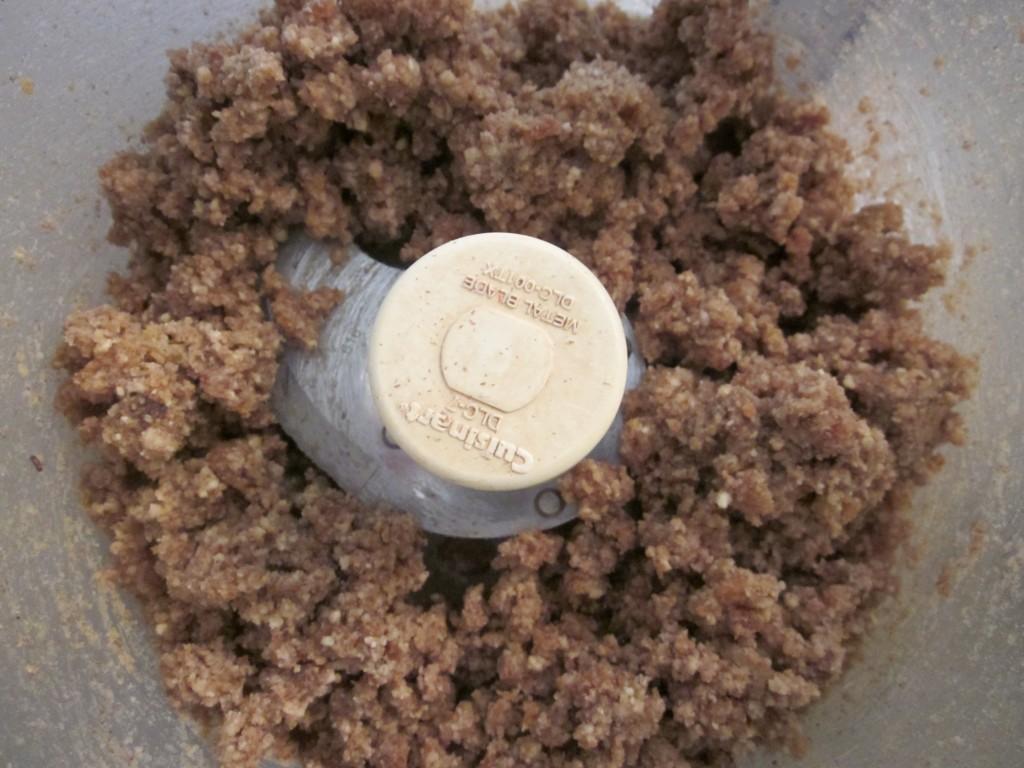 Raw Pecan Pie Recipe - processing crust