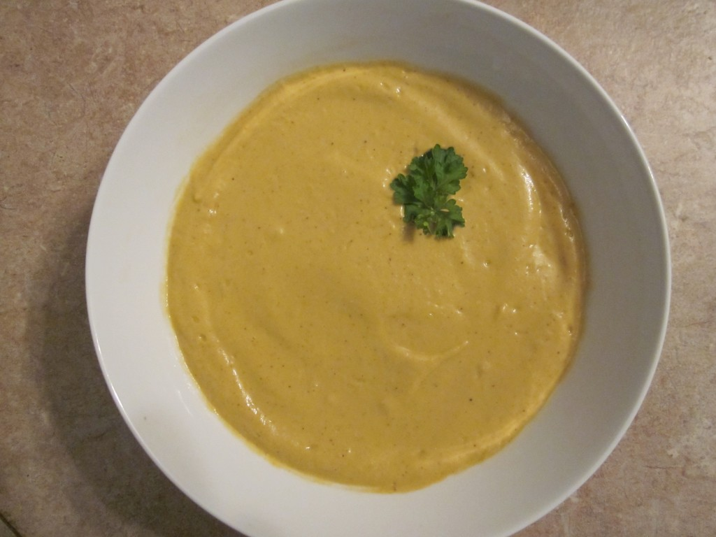 Raw Creamy Tomato Thai Soup Recipe in a bowl