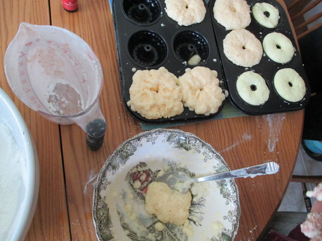 How to make Bath bombs recipe 5 - trays filled - too wet