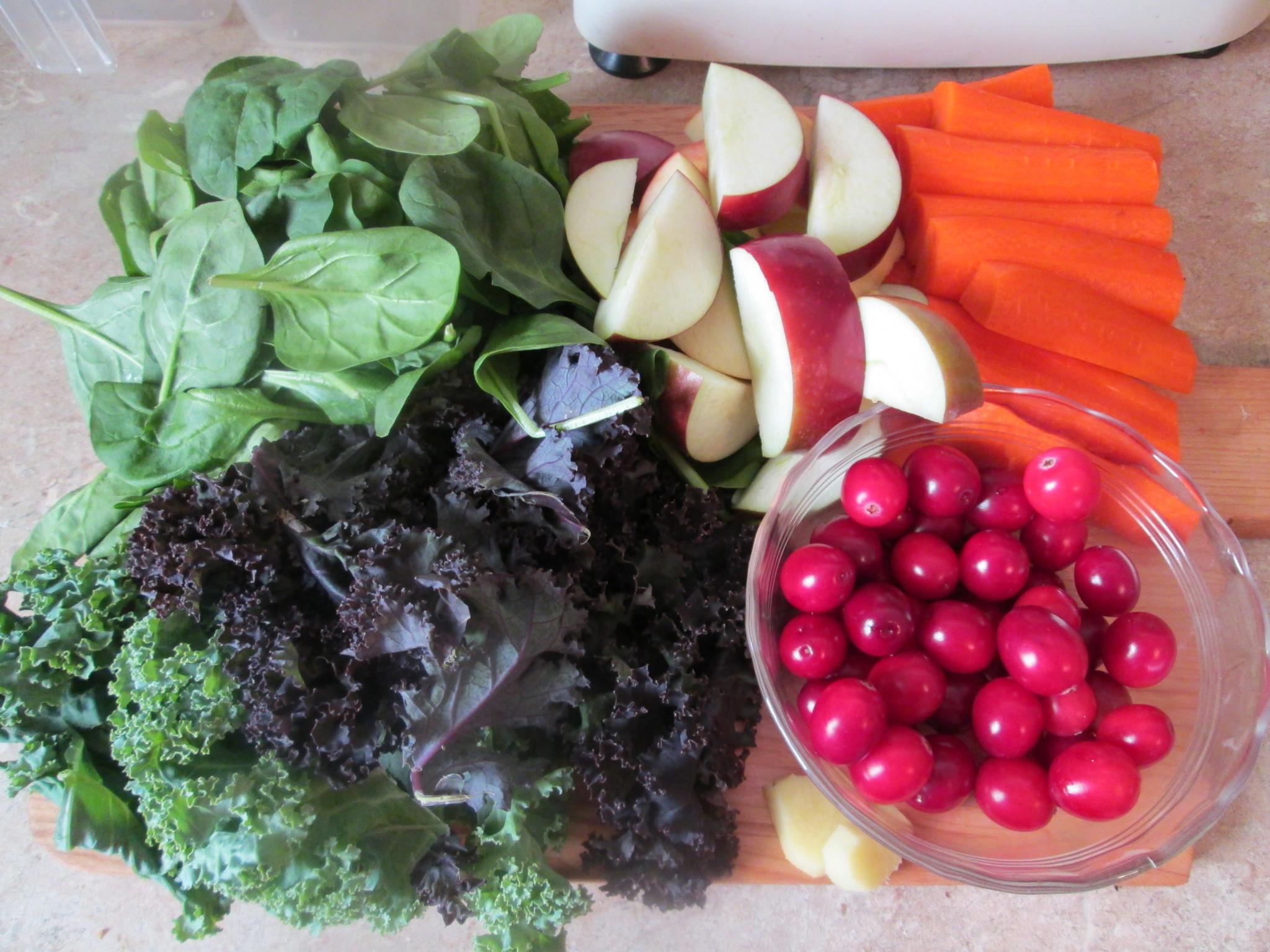 Morning Buzz Green Juice Recipe - ingredients