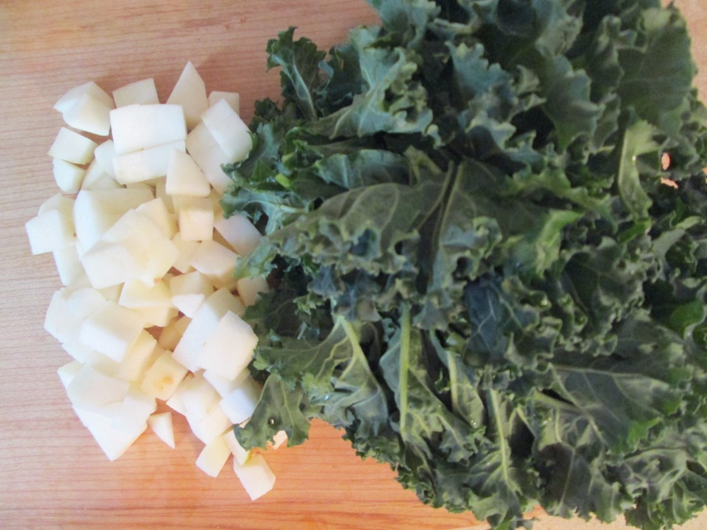 Smoked Apple and Kale Salad Recipe - 3 prep kale and apple