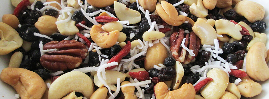 Raw and Healthy Homemade Trail Mix Recipe