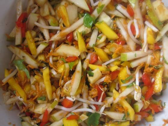 Sweet and Spicy Fruit and Vegetable Salad Recipe - 5 toss