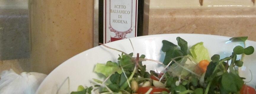 Balsamic Vinaigrette crop
